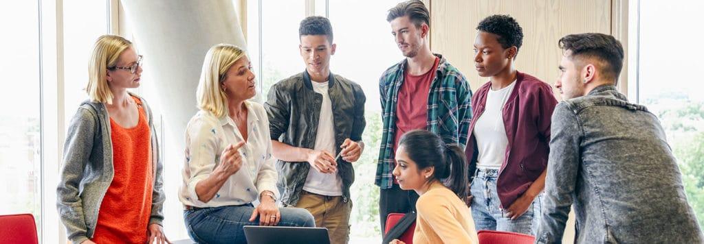 Junge Menschen brauchen finanzielle Bildung